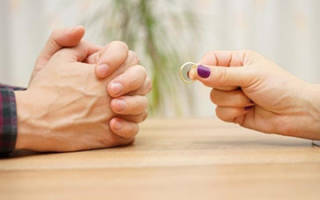 Куда и как подавать заявление на развод? Куда подать заявление на развод и какие документы необходимо предъявить