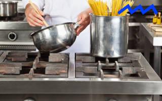 Мужик на кухне готовит. Как же отправить мужчину на кухню не только с целью поесть? Всякая женщина знает, как тяжело заставить мужа сделать что-нибудь по дому. Но есть и обратный феномен: если уж мужчина увлекся прибиванием полочек или кулинарией, останов