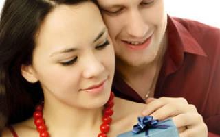 Мужчина не дарит подарки на день рождения. Почему мужчина не дарит подарки, деньги и цветы