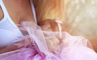 Есть ли польза от грудного вскармливания для женщины? И почему мамы боятся кормить грудью? История мамочки-блогера, которая демонстративно кормит грудью: мнение врача