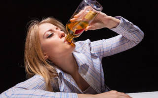 Как влияет алкоголь на женский организм? Какой вред оказывает алкоголь на организм женщины