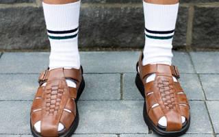 Можно ли мужчинам носить сандалии с носками