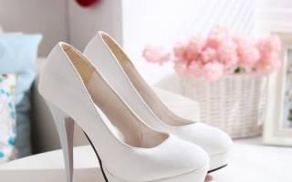 Можно ли выходить замуж в сандалях. Какие нужно знать приметы про свадебные туфли? Как выбрать свадебные туфли приметы, закрытые или открытые туфельки