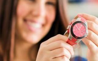 Часы как подарок девушке. Почему нельзя дарить часы: народная примета. Можно ли мужчине на день рождения дарить часы